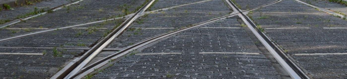 Gleiswechsel der Straßenbahn, Bahntechnik, Bahnbetrieb,